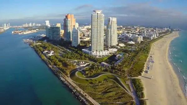 south-of-5th-miami_600