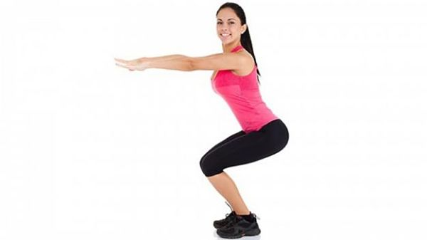 ejercicios-hogar-sentadillas_opt