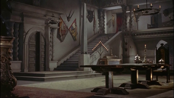 el-lujoso-interior-del-castillo-de-christopher-lee_opt