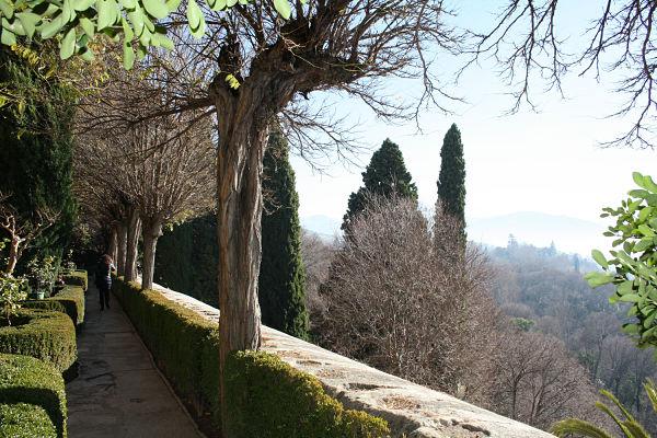 fotos-jardines-adarve-alhambra_opt