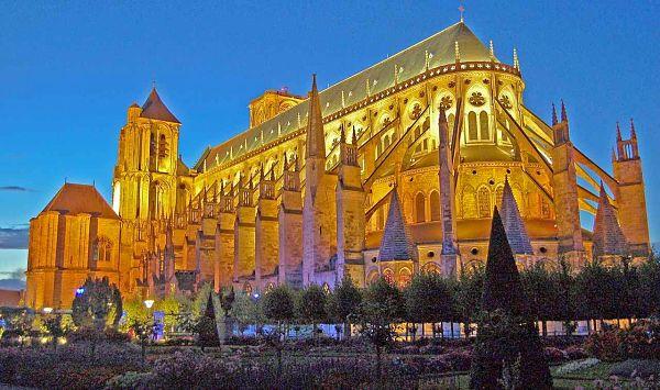 bourges-a-catedral-de-santo-estevao-600