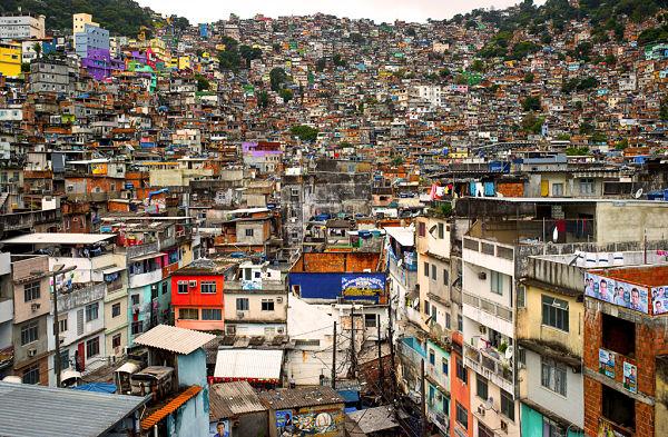 la-rocinha_Rio-favela 600