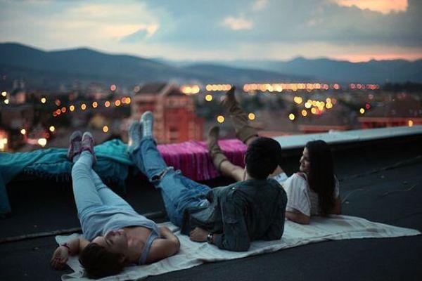 amigos-noche_opt