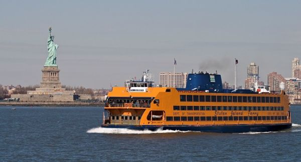 boat-staten-island-ferry-new-york-city-new-york-600