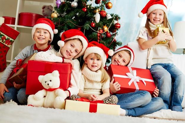 Demasiados juguetes anestesian a los ni os mir el video - Regalo navidad mama ...