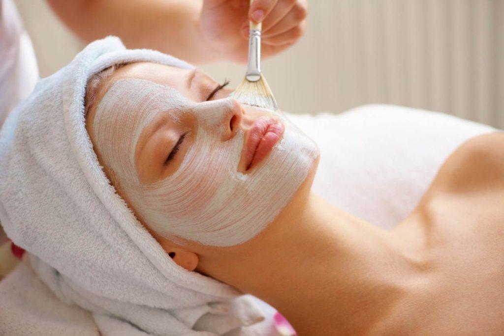 cuidado de la piel con aceites esenciales