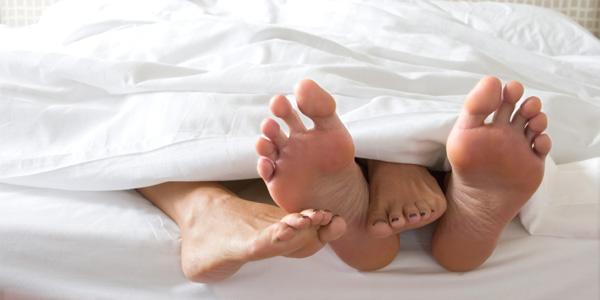 cómo se contagia sífilis