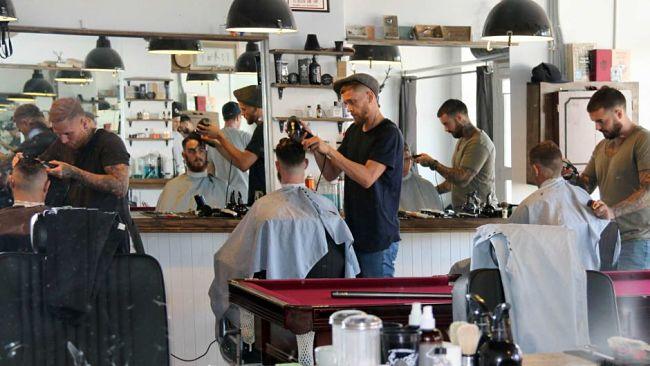 Barber Shop La Peluquer A De Hombres Que Crece Cada Vez M S