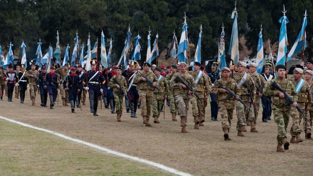 Resultado de imagen para desfile militar argentino