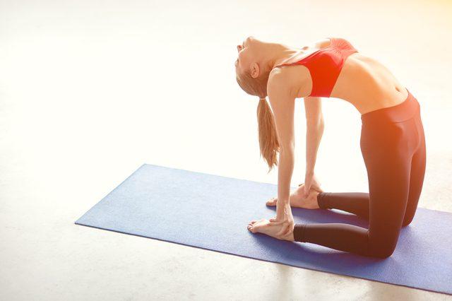 Cientificos Analizan Los Efectos Que Tienen Las Poses De Yoga En La Salud Buena Vibra