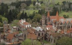 campanópolis aldea cerca de Buenos Aires