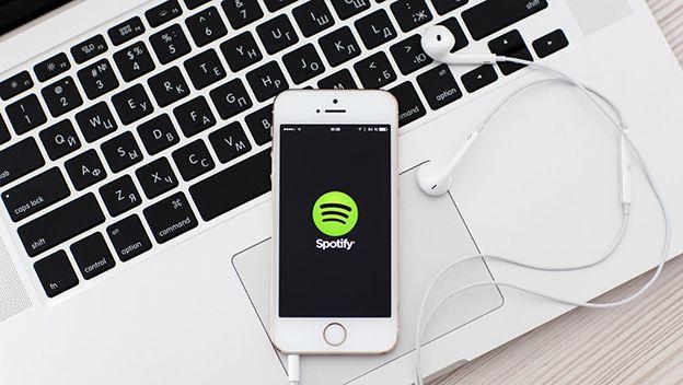 cómo uso spotify gratis