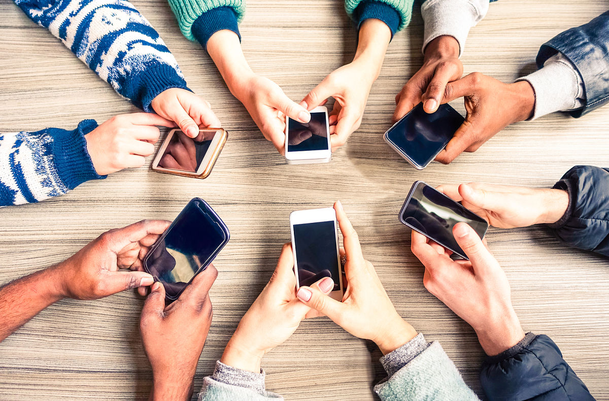 adolescentes celulares