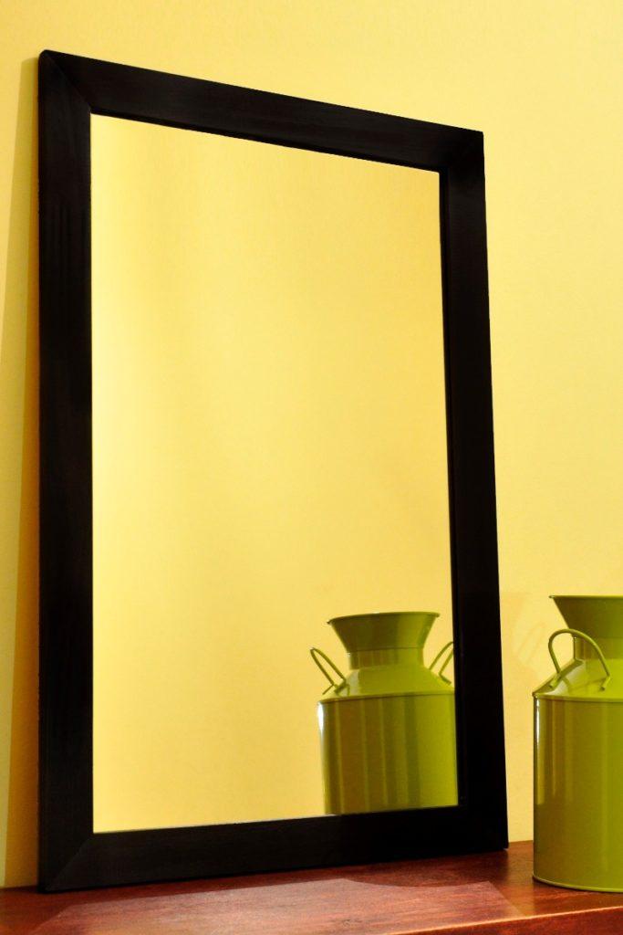 C mo decorar un living comedor peque o buena vibra for Espejo 140 x 80