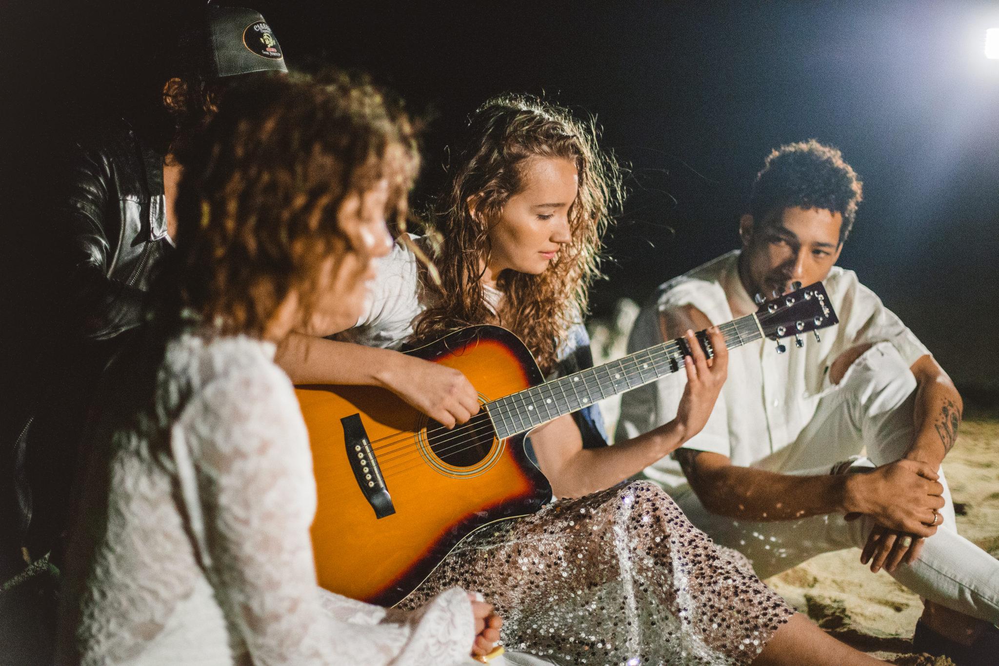aprender a tocar guitarra criolla