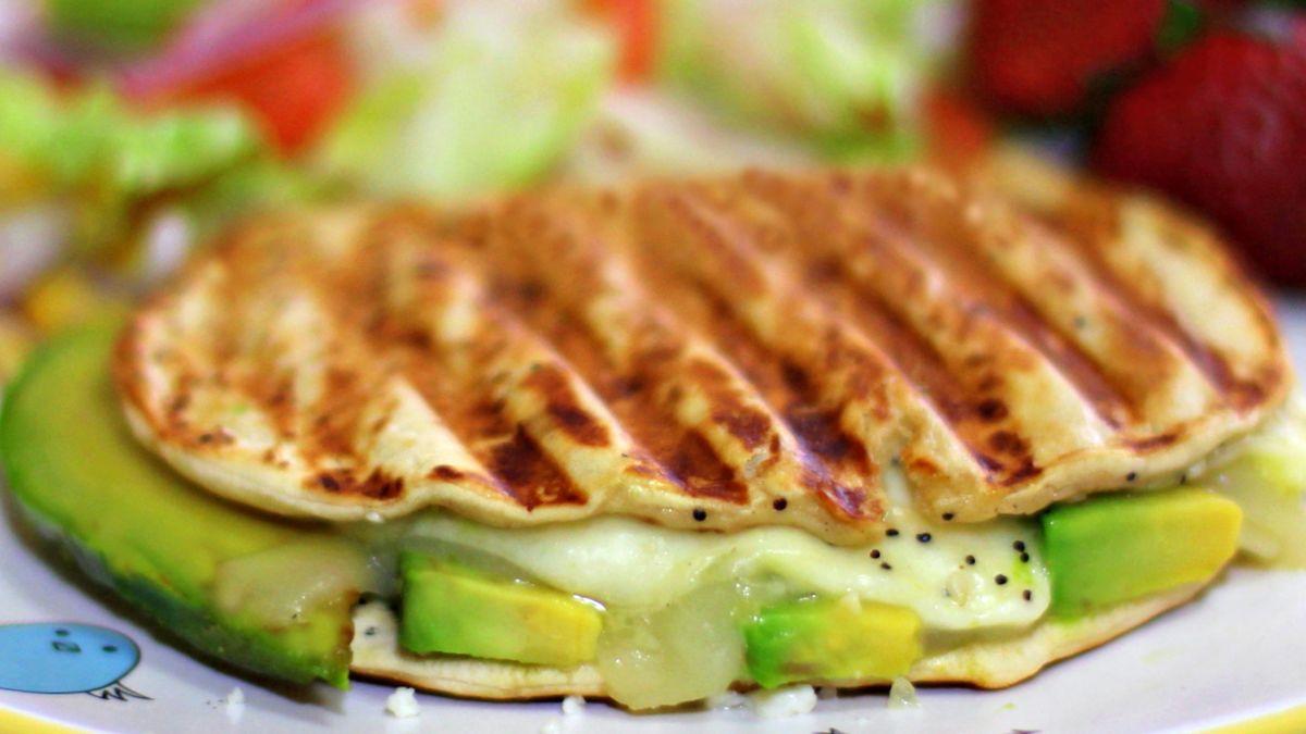 sandwiches de palta y queso