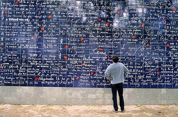 mural del amor en paris