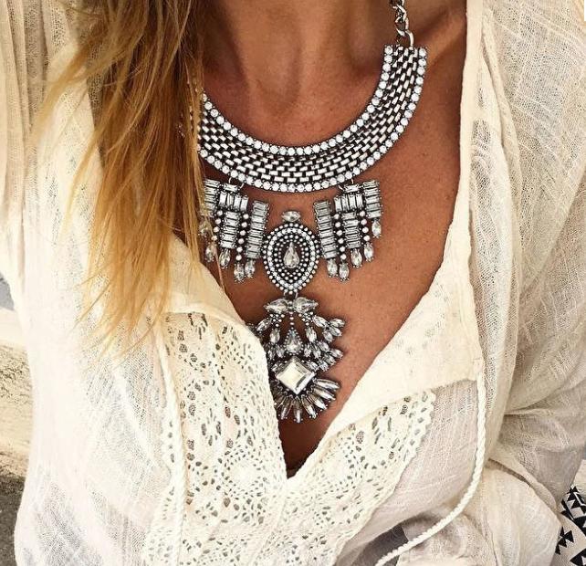f885afe3e8f1 Beauty Trends: bijou de moda para ponerle onda al verano