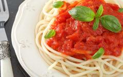 plato de pasta al pomodoro