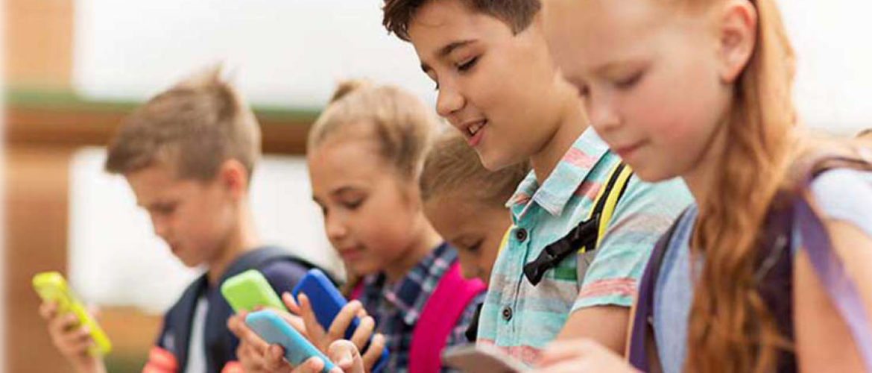 cuándo dar a los niños primer celular