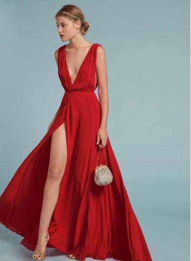 Vestido rojo largo con tajo