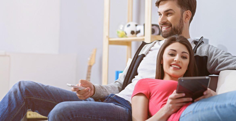 Cómo conectar el celular al TV