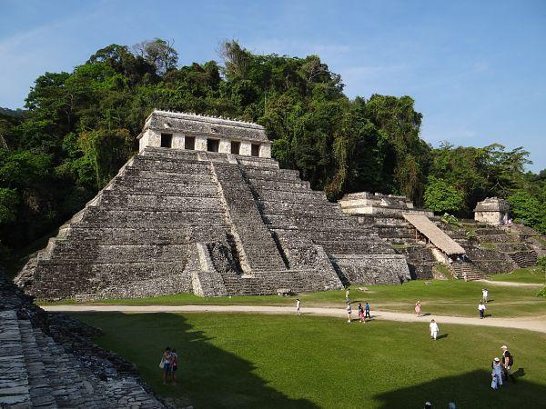 centros arqueológicos en la riviera maya