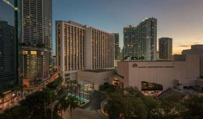 hoteles en downtown miami