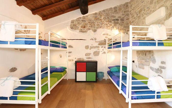 5 terre hostel