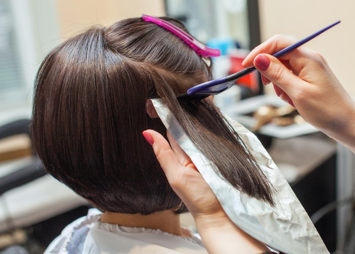 cómo teñir el pelo