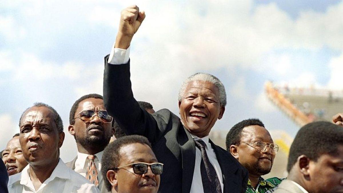 Nelson Mandela qué hizo