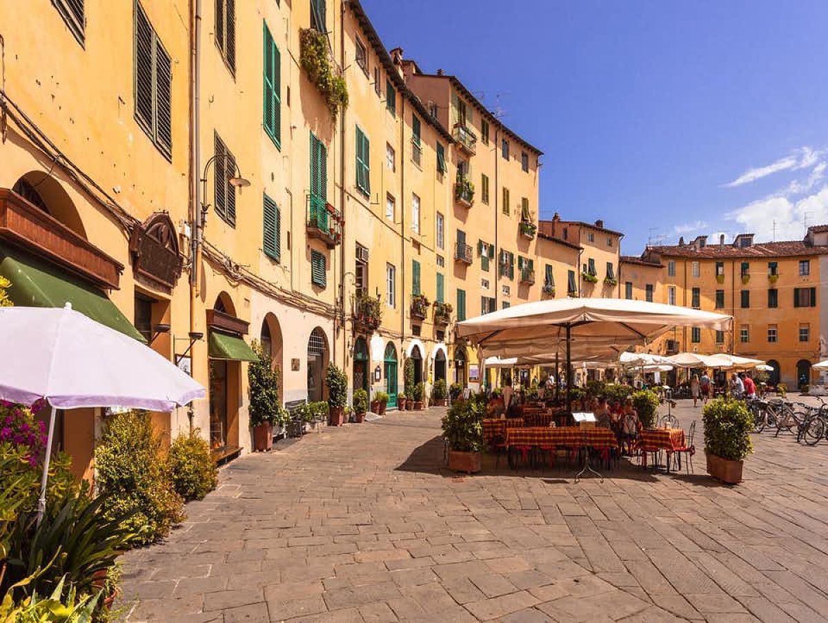 Lucca Toscana