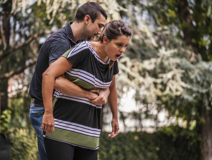 Cómo se hace la maniobra de heimlich