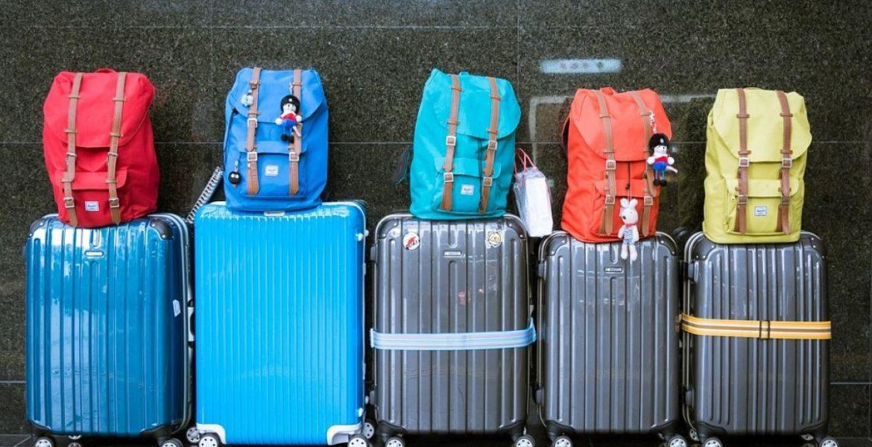 Medidas de equipaje de mano en low cost: qué se puede llevar