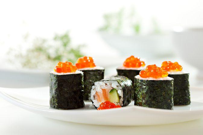 algas en sushi