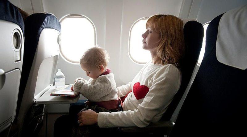 a cuantos meses puede viajar un bebe