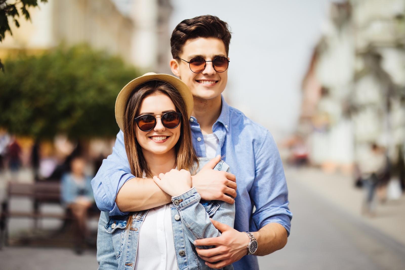 c10e3dc3b6 Mejores marcas de gafas de sol para cuidar tus ojos – Buena Vibra