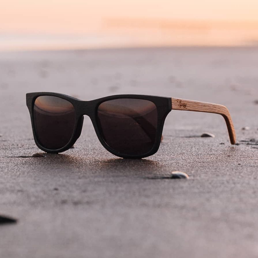 cbdf7edc0d lentes de sol modernas. Podés ver diferente modelos en Mercado Libre