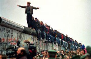por qué se construye el muro de berlin