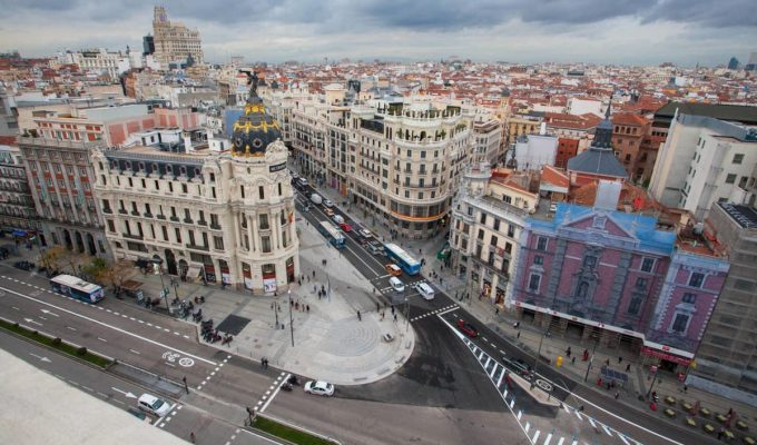 Madrid inaugura gran via